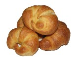 Mini croissant with soft cheese